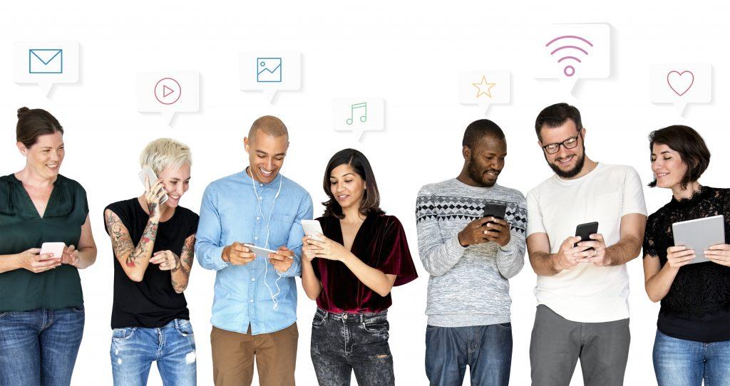 Với sự phát triển của smartphone hiện nay, tương thích website bán hàng trên nền tảng di động là rất quan trọng.