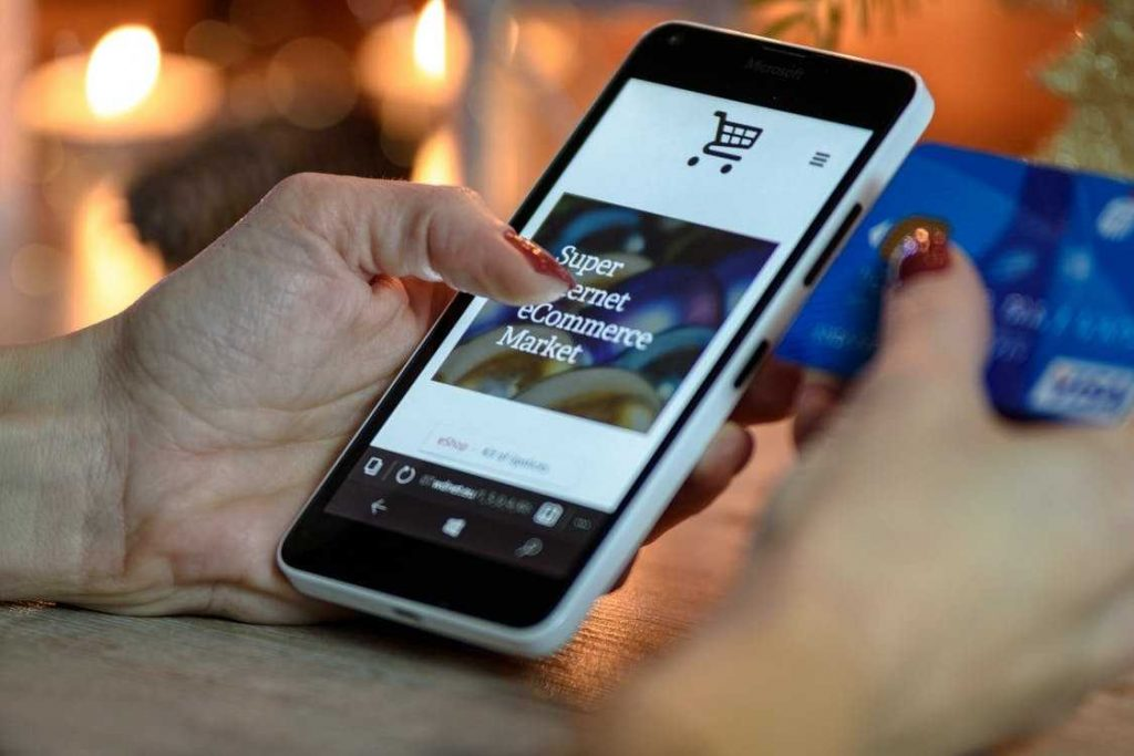 App bán hàng được coi là một công cụ tiện ích bậc nhất hiện nay. Vậy doanh nghiệp, chủ shop được những lợi ích gì khi thiết kế app bán hàng?